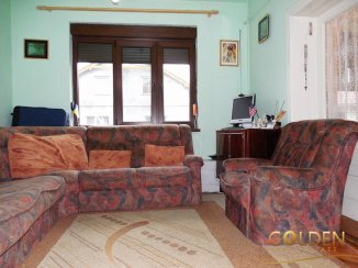 Casa de vanzare cu 4 camere, in zona Aurel Vlaicu, Arad
