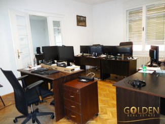 agentie imobiliara inchiriez Casa cu 4 camere, zona Romanilor, orasul Arad