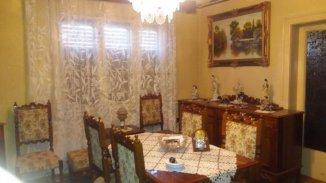vanzare casa de la agentie imobiliara, cu 5 camere, in zona Aradul Nou, orasul Arad
