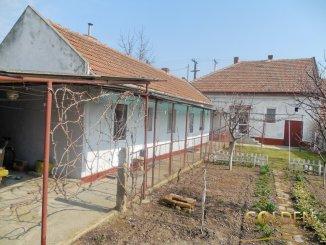 vanzare casa cu 6 camere, zona Aradul Nou, orasul Arad, suprafata utila 250 mp
