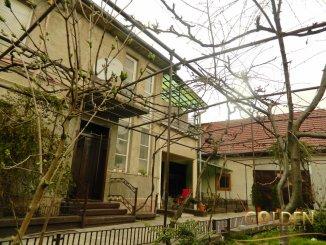 Casa de vanzare cu 6 camere, in zona Gradiste, Arad