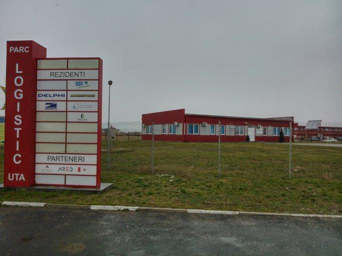 Spatiu industrial de vanzare direct de la dezvoltator imobiliar, in Arad, zona UTA, cu 70.000 EUR. 4 grupuri sanitare, suprafata utila 330 mp.