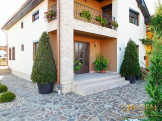 vanzare vila de la agentie imobiliara, cu 1 etaj, 4 camere, in zona Aradul Nou, orasul Arad