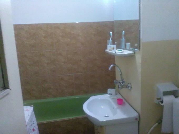 Apartament vanzare Campulung-Muscel 2 camere, suprafata utila 47 mp, 1 grup sanitar. 18.500 euro negociabil. Etajul 3. Apartament Nord Campulung-Muscel  Arges
