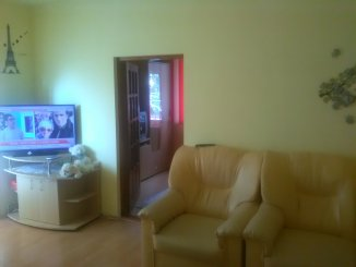 vanzare apartament semidecomandat, zona Nord, orasul Campulung-Muscel, suprafata utila 47 mp