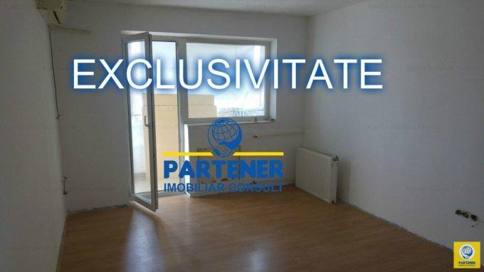 Apartament de vanzare direct de la agentie imobiliara, in Pitesti, in zona Centru, cu 57.900 euro. 1  balcon, 1 grup sanitar, suprafata utila 67 mp.