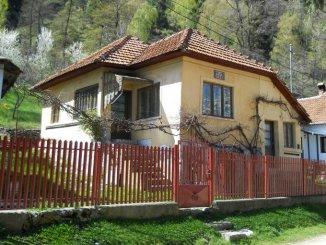Arges Leresti, casa cu 2 camere de vanzare de la proprietar