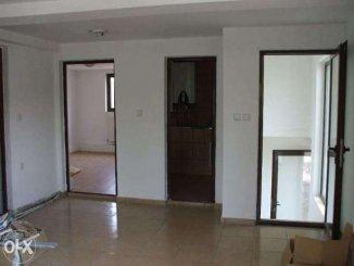 agentie imobiliara vand Casa cu 3 camere, zona Progresul, orasul Curtea de Arges