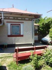 vanzare casa de la proprietar, cu 4 camere, comuna Rociu