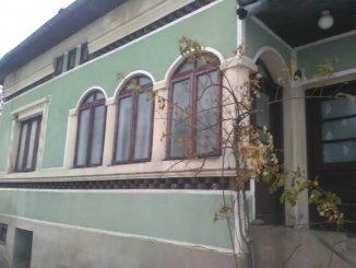 agentie imobiliara vand Casa cu 5 camere, comuna Leresti