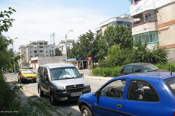 inchiriere apartament decomandat, zona Rolast, orasul Pitesti, suprafata utila 36 mp