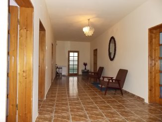 vanzare vila de la proprietar, cu 1 etaj, 7 camere, in zona Tudor Vladimirescu, orasul Pitesti