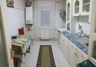 agentie imobiliara vand apartament semidecomandat, in zona Mioritei, orasul Bacau