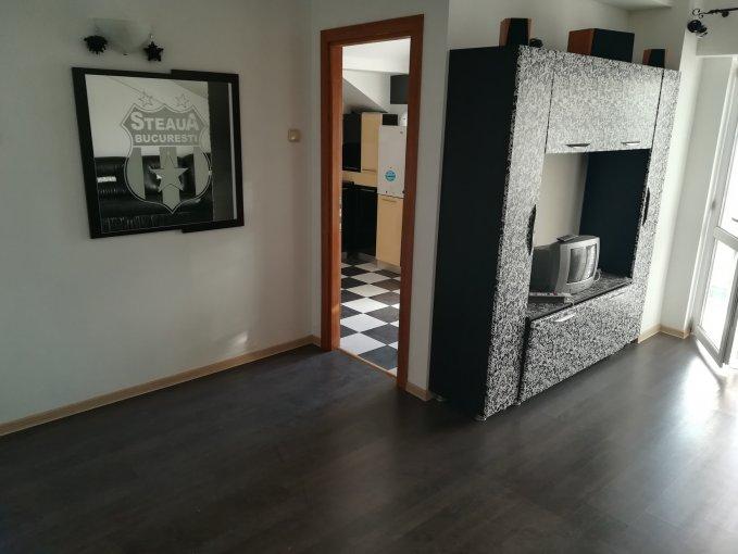 Duplex vanzare Bacau 2 camere, suprafata utila 40 mp, 1 grup sanitar, 1  balcon. 29.500 euro negociabil. Etajul 4. Duplex Bacau