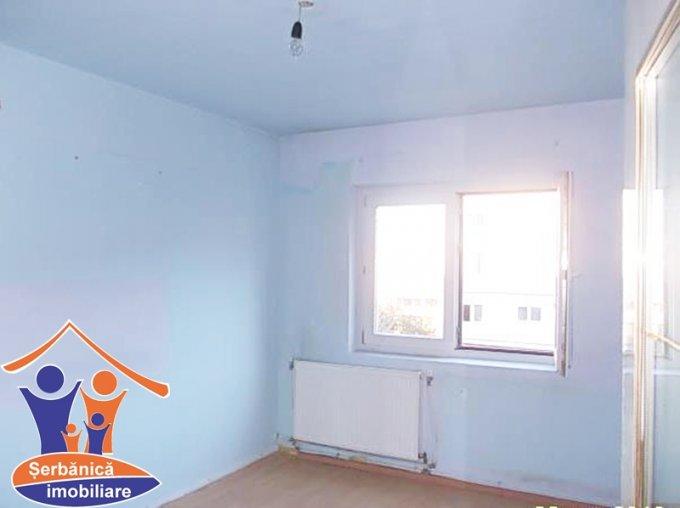 Bihor Oradea, zona Valenta, apartament cu 3 camere de vanzare