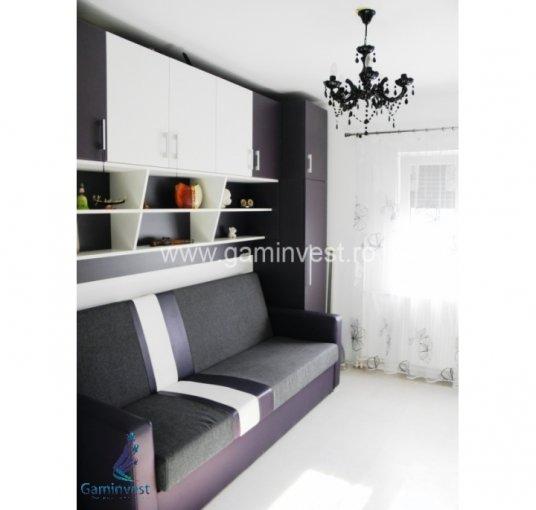 Apartament de vanzare direct de la agentie imobiliara, in Oradea, in zona Nufarul, cu 43.500 euro negociabil. 1 grup sanitar, suprafata utila 56 mp.