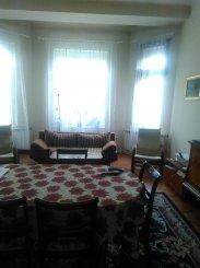 Apartament cu 4 camere de vanzare, confort Lux, zona Centru,  Oradea Bihor