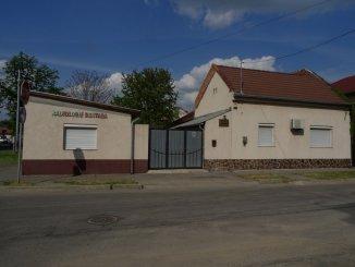 vanzare casa de la agentie imobiliara, cu 3 camere, in zona Valenta, orasul Oradea