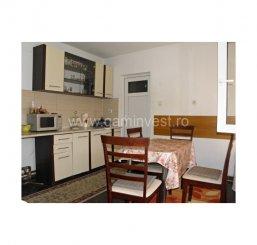 Bihor Oradea, zona Rogerius, casa cu 4 camere de vanzare de la agentie imobiliara