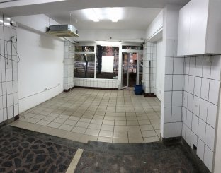 proprietar inchiriez Spatiu comercial 4 camere, 53 metri patrati, in zona Rogerius, orasul Oradea
