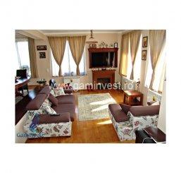 vanzare vila cu 1 etaj, 8 camere, zona Oncea, orasul Oradea, suprafata utila 324 mp