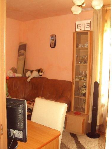 agentie imobiliara vand apartament nedecomandata, in zona Decebal, orasul Bistrita