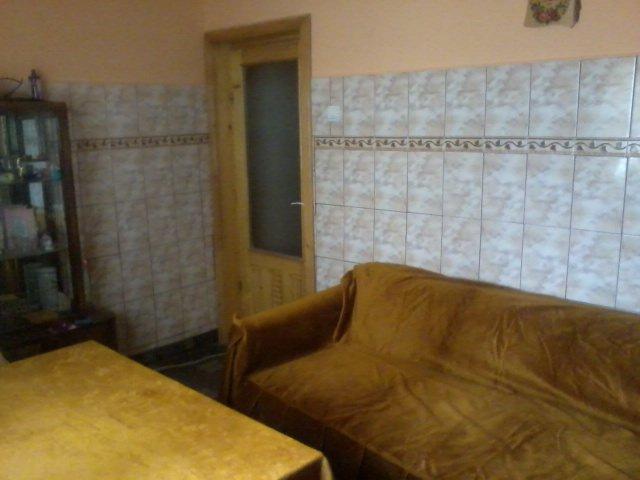 vanzare apartament cu 4 camere, decomandat, comuna Chiscani