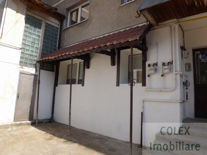 Apartament de vanzare in Predeal cu 2 camere, cu 1 grup sanitar, suprafata utila 64 mp. Pret: 60.000 euro negociabil.