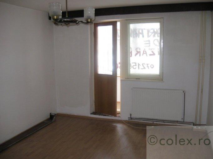 Apartament vanzare Centru cu 2 camere, etajul 9, 1 grup sanitar, cu suprafata de 41 mp. Predeal, zona Centru.