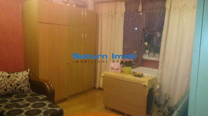 Apartament de vanzare direct de la agentie imobiliara, in Brasov, in zona Grivitei, cu 54.900 euro. 1 grup sanitar, suprafata utila 51 mp.