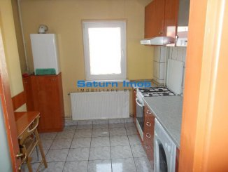 vanzare apartament cu 2 camere, decomandat, in zona Scriitorilor, orasul Brasov