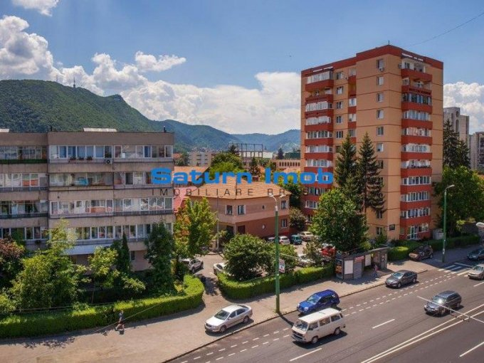 vanzare apartament cu 2 camere, decomandat, in zona Centrul Civic, orasul Brasov