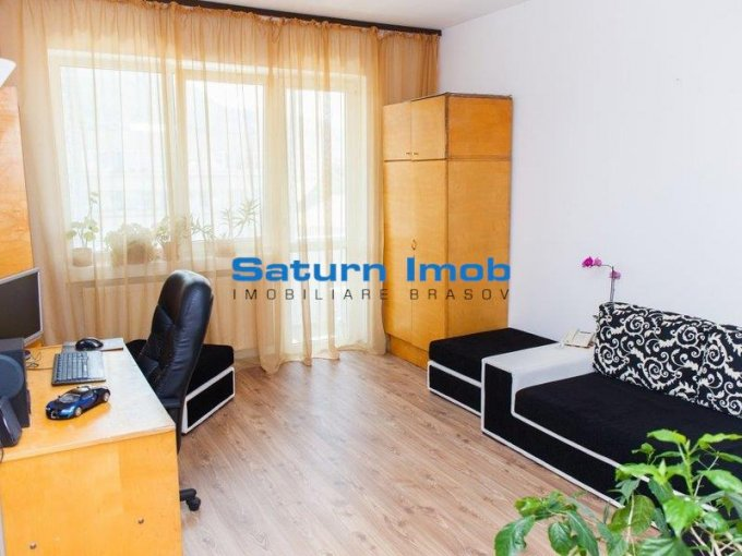 vanzare apartament decomandat, zona Centrul Civic, orasul Brasov, suprafata utila 50 mp