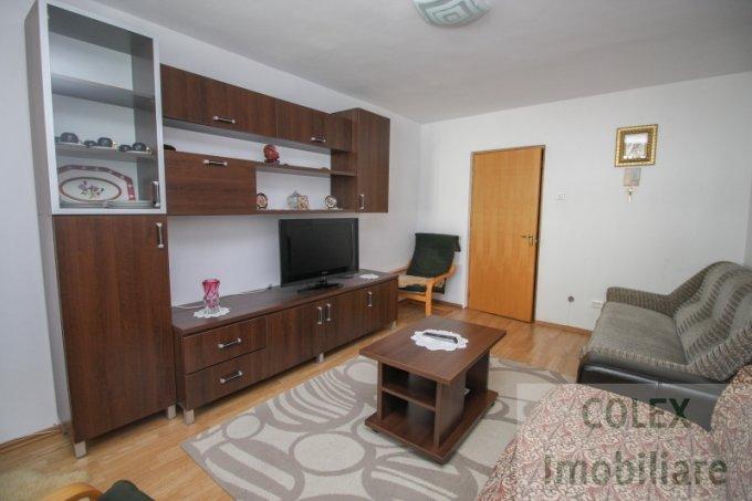 Apartament vanzare Ultracentral cu 2 camere, etajul 1, 1 grup sanitar, cu suprafata de 45 mp. Predeal, zona Ultracentral.