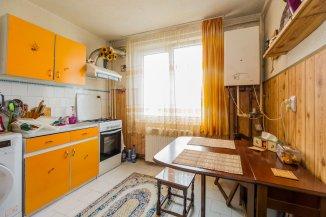 Apartament cu 2 camere de vanzare, confort 1, zona Uzina 2,  Brasov