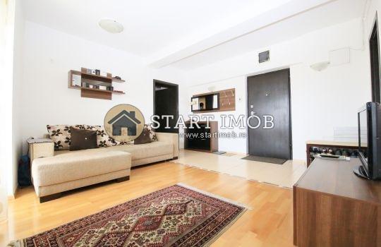 inchiriere Apartament Brasov cu 2 camere, cu 1 grup sanitar, suprafata utila 48 mp. Pret: 400 euro. Incalzire: Centrala proprie a cladirii.
