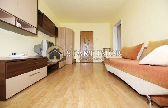 Apartament inchiriere Grivitei cu 2 camere, etajul 4 / 10, 1 grup sanitar, cu suprafata de 53 mp. Brasov, zona Grivitei. Mobilat modern.