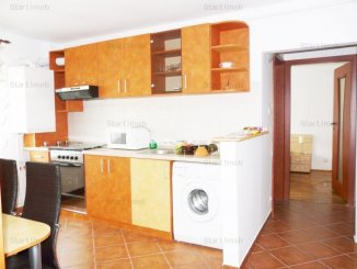 vanzare apartament decomandat, zona Spitalul Judetean, orasul Brasov, suprafata utila 55 mp