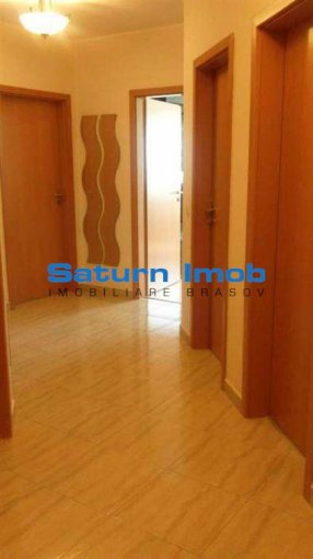 vanzare apartament cu 3 camere, decomandat, in zona Avantgarden, orasul Brasov