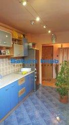 vanzare apartament cu 3 camere, decomandat, in zona Grivitei, orasul Brasov