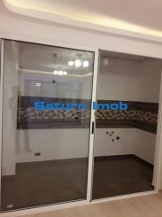 Apartament cu 3 camere de vanzare, confort 1, zona Tractorul,  Brasov