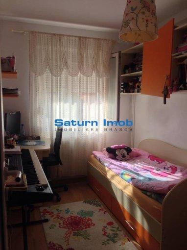 Brasov, zona Florilor, apartament cu 3 camere de vanzare