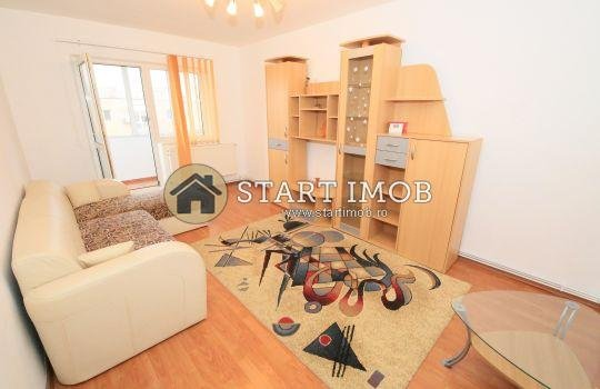 Apartament vanzare Vlahuta cu 3 camere, etajul 4 / 4, 1 grup sanitar, cu suprafata de 64 mp. Brasov, zona Vlahuta.