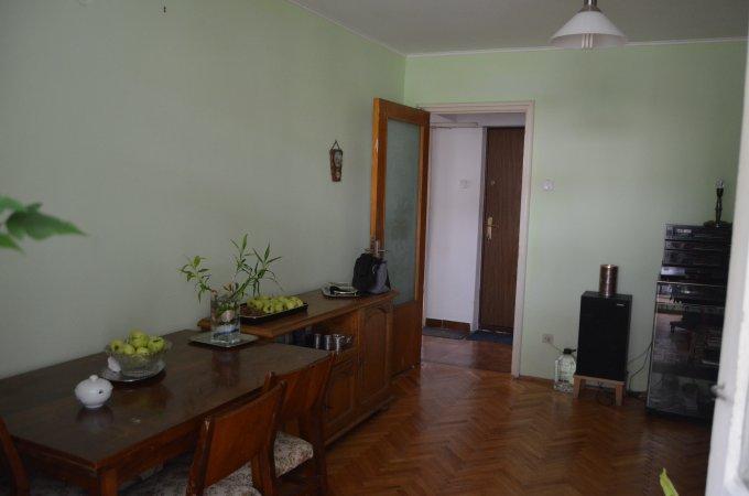 Apartament vanzare Predeal 3 camere, suprafata utila 54 mp, 1 grup sanitar, 1  balcon. 45.000 euro. Etajul 2 / 4. Destinatie: Rezidenta, Vacanta. Apartament Predeal  Brasov