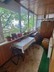 vanzare apartament decomandat, zona Grivitei, orasul Brasov, suprafata utila 66 mp