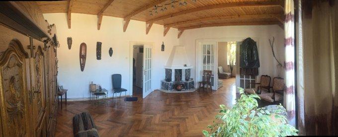 Apartament de vanzare in Brasov cu 3 camere, cu 1 grup sanitar, suprafata utila 100 mp. Pret: 130.000 euro.