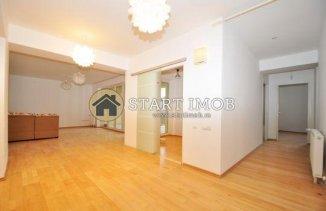 inchiriere duplex cu 3 camere, decomandat, in zona Centru, orasul Brasov