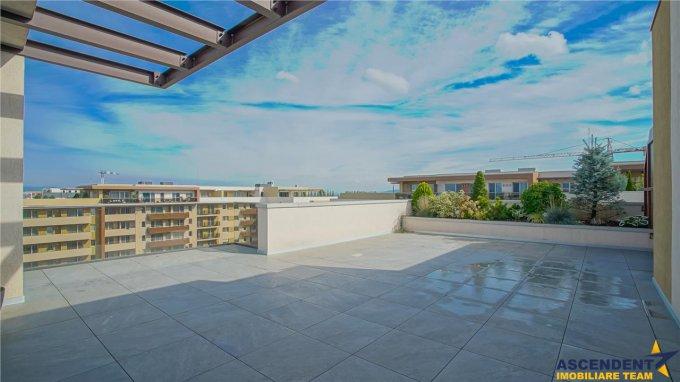 Apartament vanzare Tractorul cu 3 camere, etajul 9, 2 grupuri sanitare, cu suprafata de 90 mp. Brasov, zona Tractorul.