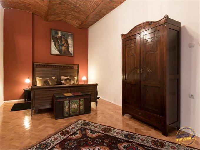 Apartament de vanzare in Brasov cu 3 camere, cu 1 grup sanitar, suprafata utila 108 mp. Pret: 159.800 euro.