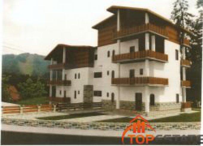 Duplex vanzare Central cu 3 camere, etajul 3 / 3, 3 grupuri sanitare, cu suprafata de 129 mp. Predeal, zona Central.